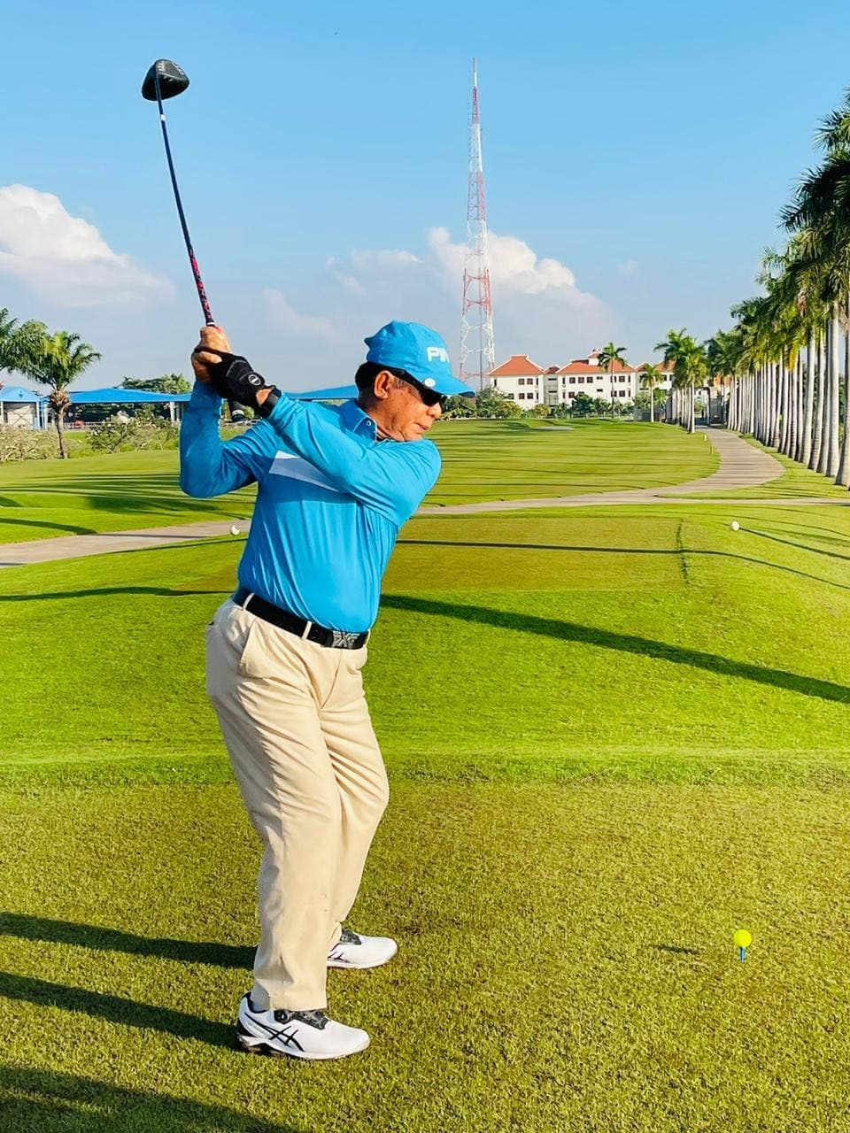 Prime Minister played golf Thursday morning, according to photos posted to his Facebook page, after completing 14 days of quarantine because he was exposed to a visiting Hungarian dignitary who was COVID-19 positive.