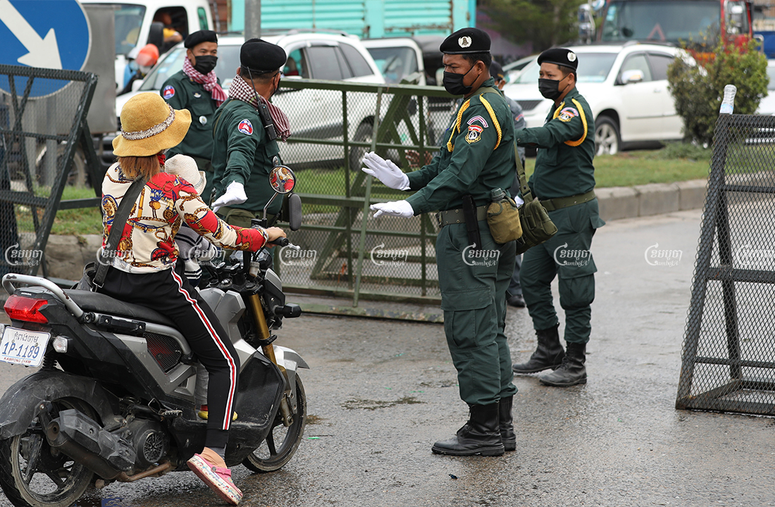 Authorities block a road into Stung Meanchey II commune, which has been designated a red zone, April 10, 2021. CamboJA/ Pring Samrang