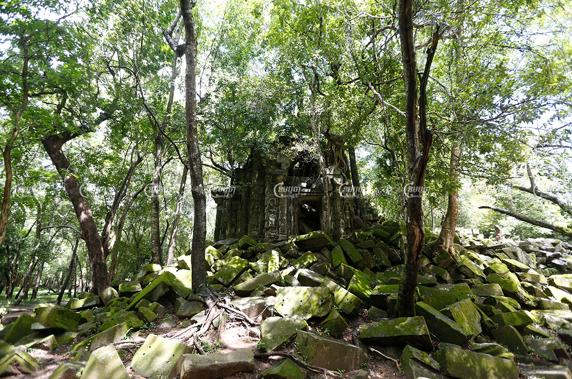 Boeng Mealea temple in Siem Reap province usually serves many tourists, but the site has been mostly cleared out by the COVID-19 pandemic. Photo taken October 2019. CamboJA/ Pring Samrang