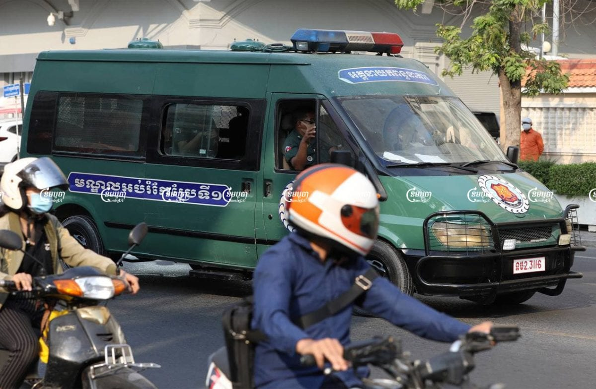 A prison van driving prisoners from CC1 to the Phnom Penh Municipal Court, March 31, 2021. CamboJA/ Pring Samrang