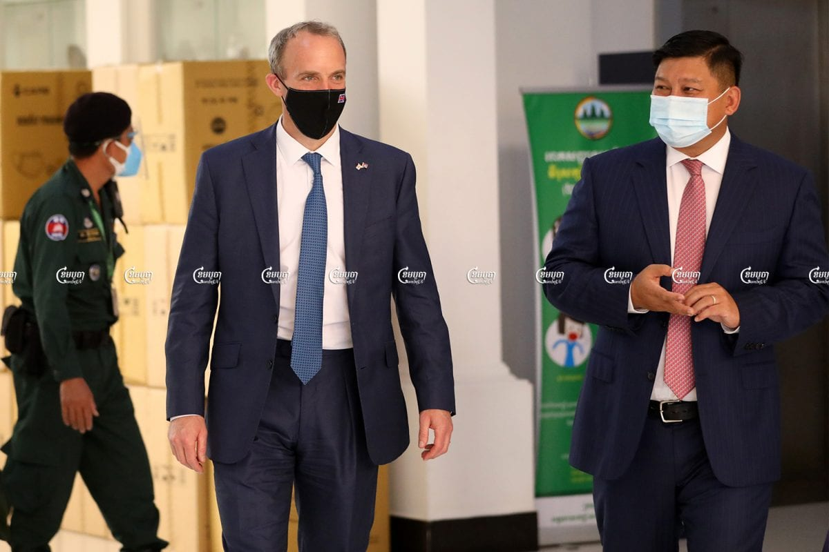 United Kingdom Foreign Secretary Dominic Raab leaves a meeting with Cambodian environment minister Say Sam Al at the Ministry of Environment in Phnom Penh, June 23. CamboJA/ Pring Samrang
