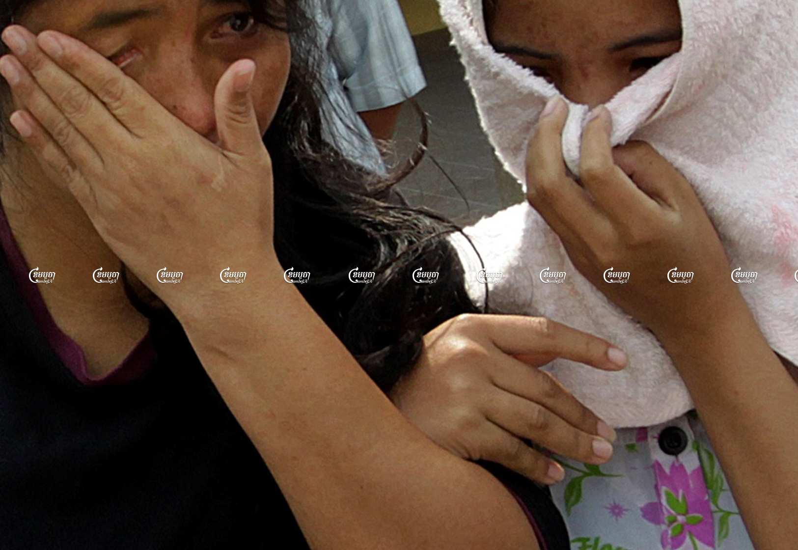 Maids who were abused by their employers in Malaysia arrive at Phnom Penh International airport after being repatriated by the Cambodian embassy. Picture taken on February 2, 2012. CamboJA/ Panha Chhorpoan