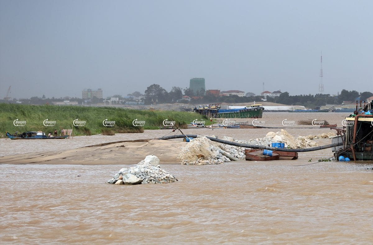 The Mekong riverbank being filled in with sand and stones by tycoon Khun Sear's company in Kandal province's Arey Ksat commune, July 7.CamboJA/ Pring Samrang