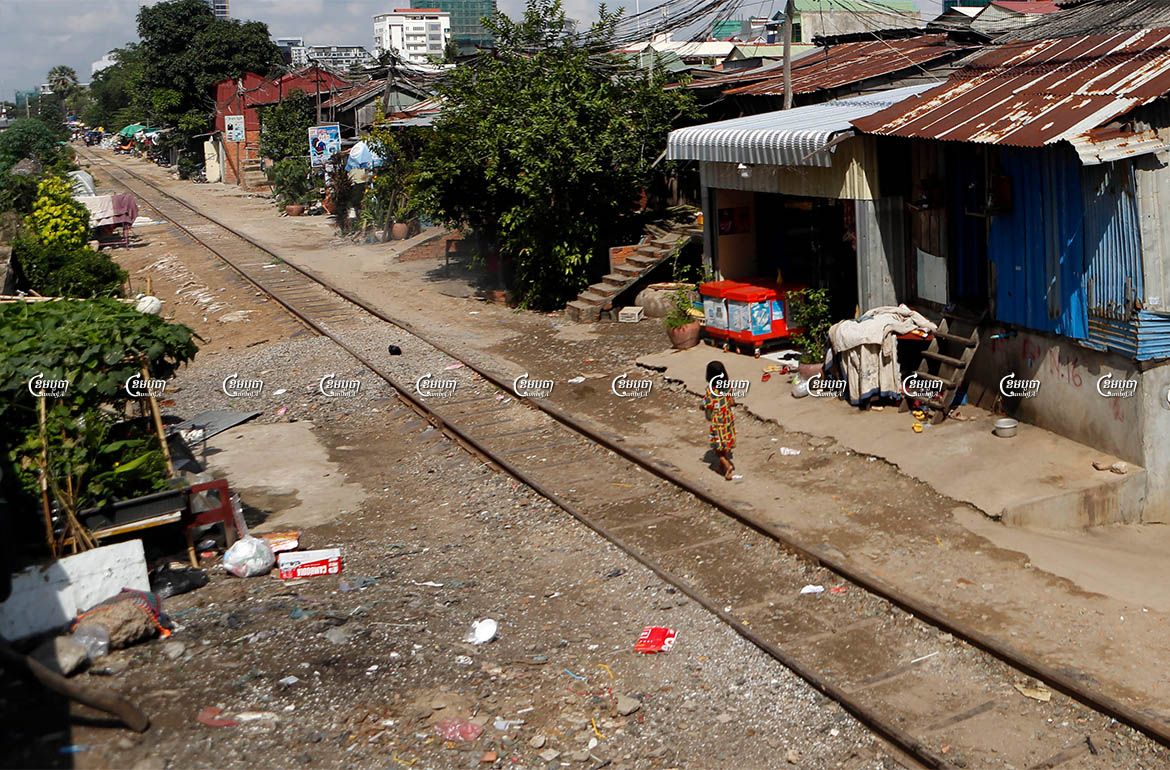 The railway community of Phnom Penh's Tuol Kork district, where residents are facing eviction to make way for infrastructure development. Photo taken September 27, 2021. CamboJA/ Panha Chhorpoan